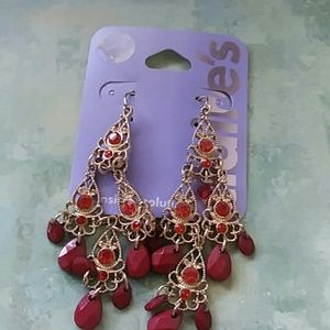Gold and garnet colored earrings